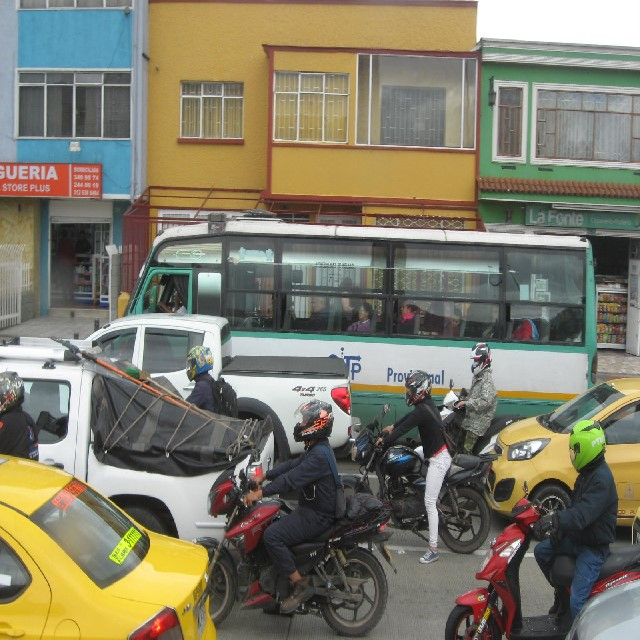 Colombia Bus_Traffic2