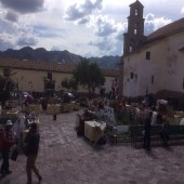 Cuzco - Street Vendors (Traveltinerary)