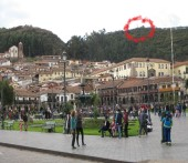 Plaza de Armas de Cuzco - Sacsayhuaman on the hill (Traveltinerary)