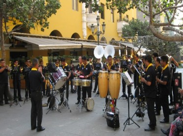 Lima - Musical Performance (Traveltinerary)