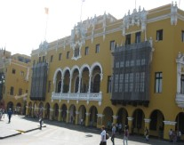 Lima - Plaza Mayor (Traveltinerary)