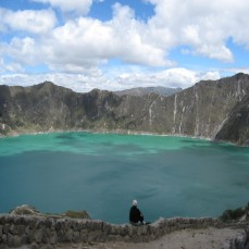 Quilotoa, Ecuador - On the trail (Traveltinerary)